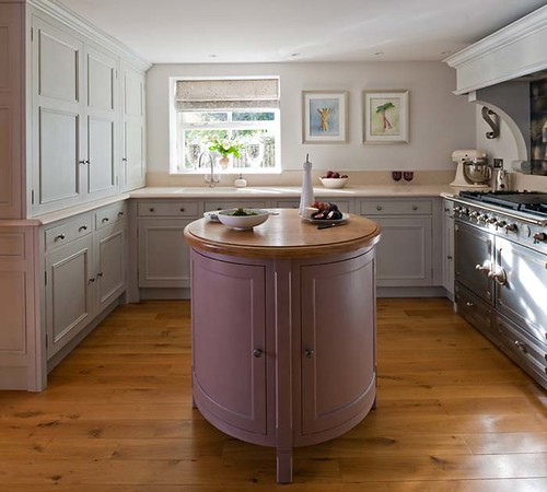 A stylish fitted kitchen.