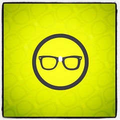 smiley(0.0), icon(0.0), font(0.0), cartoon(0.0), yellow(1.0), emoticon(1.0), circle(1.0), illustration(1.0),