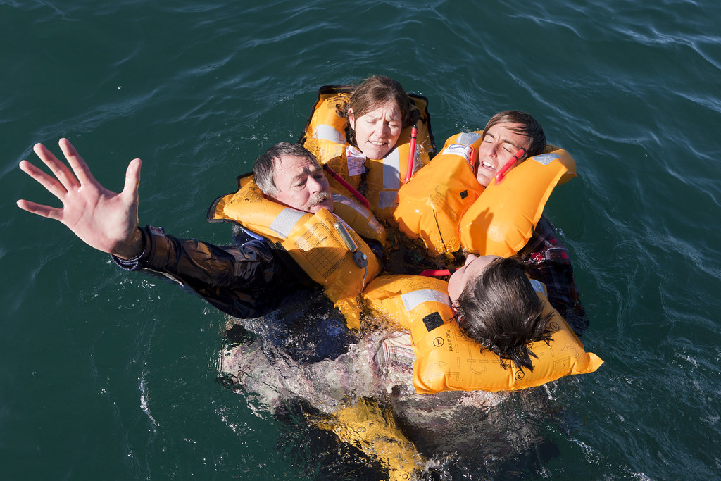 Lifejackets - call for help