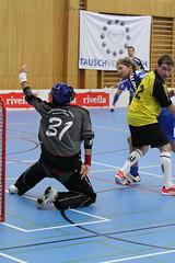 roller in-line hockey(0.0), box lacrosse(0.0), stick and ball games(1.0), floor hockey(1.0), sports(1.0), competition event(1.0), team sport(1.0), hockey(1.0), player(1.0), floorball(1.0), ball game(1.0), athlete(1.0), tournament(1.0),