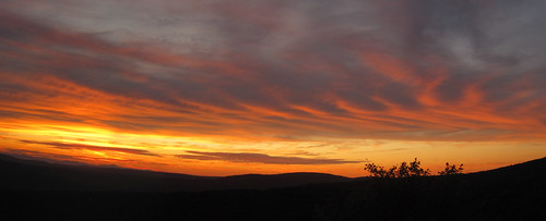 sunset panorama clouds geotagged ma us unitedstates nubes berkshires crepusculo westernmassachusetts taconicmountains greatbarrington taconics berkshirecounty berkshirehills monumentmountainreservation