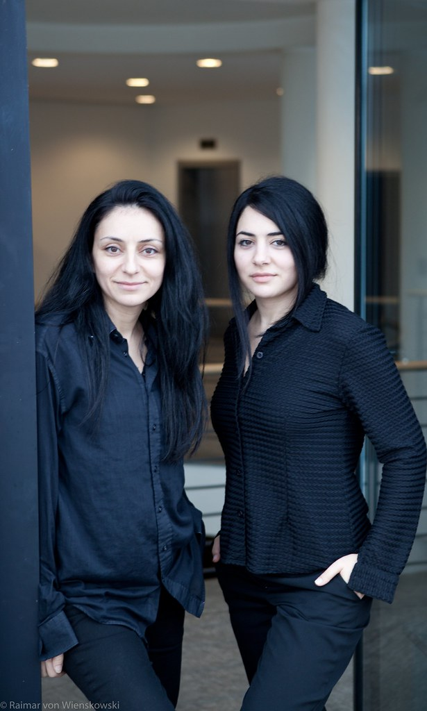 Yasemin_and_Nesrin_Samdereli