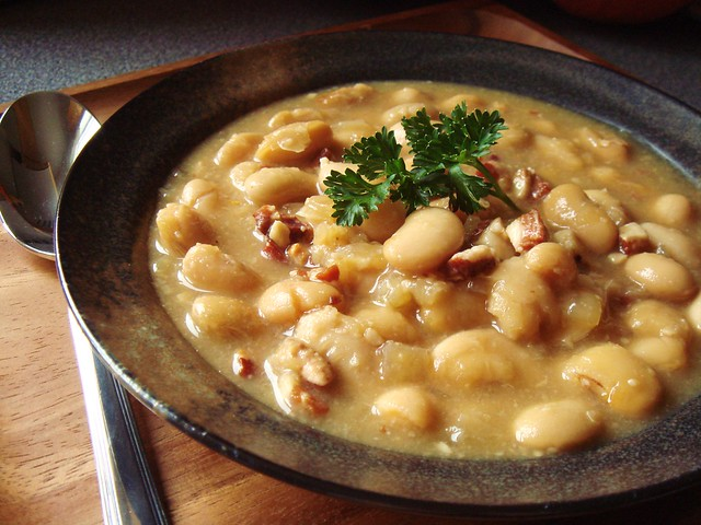 Tuscan White Bean Soup | Flickr - Photo Sharing!