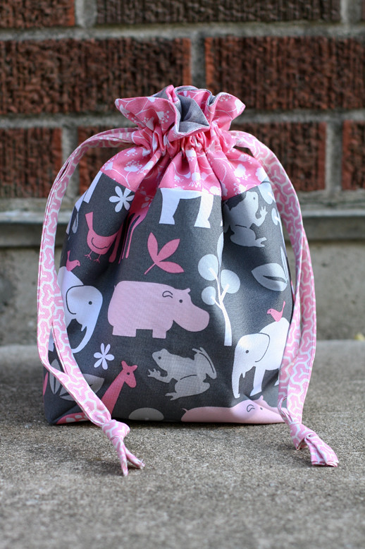 Lined Drawstring Bag Tutorial | InColorOrder.com
