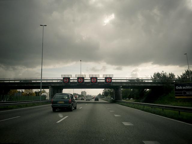 Politici en bewoners Overschie vanmiddag in actie voor schone lucht