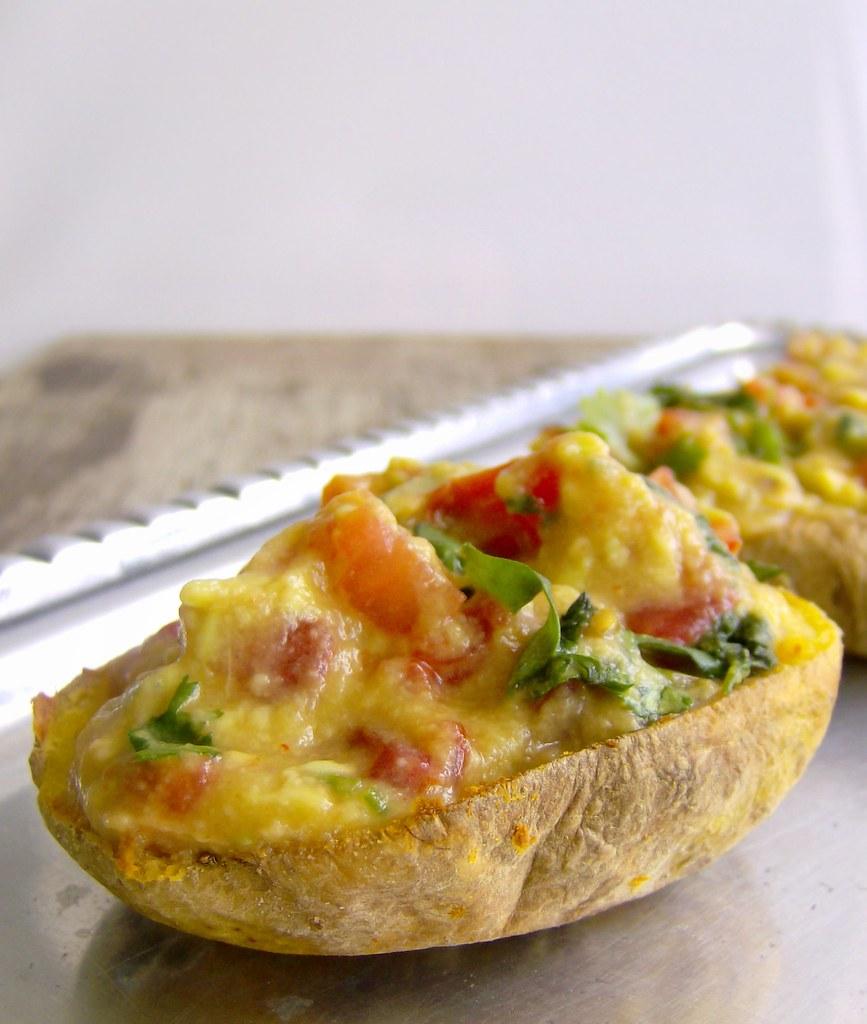 Papitas crocantes con guacamole