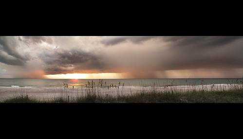 sunset panorama usa cloud sun storm beach gulfofmexico rain club clouds strand photoshop golf hotel vakantie zonsondergang sand florida dunes hurricane dune wolken august panoramic naples tropic blizzard thunder regen augustus thunderclouds wolk vacantion august2001 rainshower tropisch 2011 regenbui golfvanmexico naplesbeachclub photoshopcs5 augustus2011 naplesbeachgolfclub