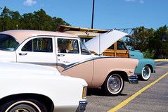 automobile, automotive exterior, 1955 ford, vehicle, compact car, antique car, sedan, vintage car, land vehicle, motor vehicle,