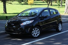 automobile(1.0), supermini(1.0), vehicle(1.0), compact sport utility vehicle(1.0), city car(1.0), ford(1.0), ford fiesta(1.0), land vehicle(1.0), hatchback(1.0),