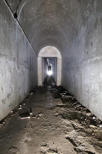Underground WW2 Bunker - Tunell