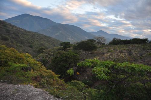 sunrise landscape ecuador loja bellamaria santuariodeaves
