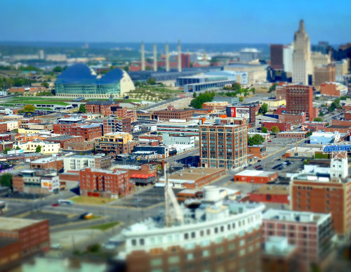 city blur buildings miniature model downtown view bricks midtown kansascity missouri conventioncenter crossroads bartlehall tiltshift kauffmancenter