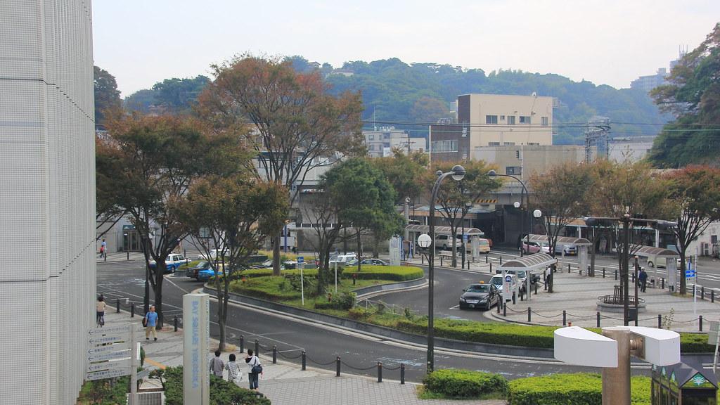 汐入駅ロータリー