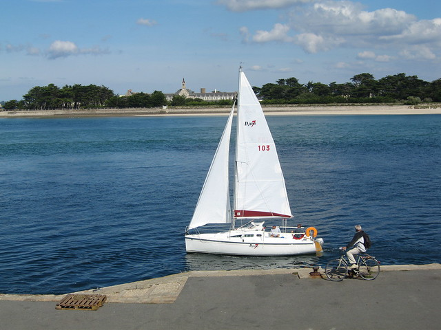Le Croisic - Petit bateau à voile  Flickr - Photo Sharing!