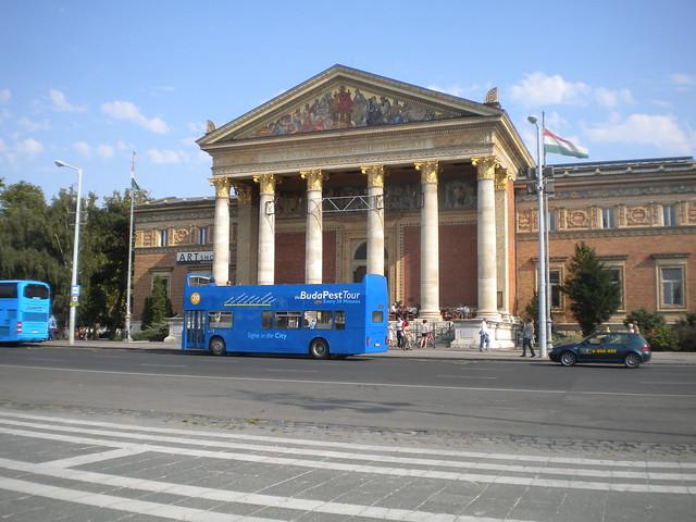 Műcsarnok, Galería de Arte de Budapest
