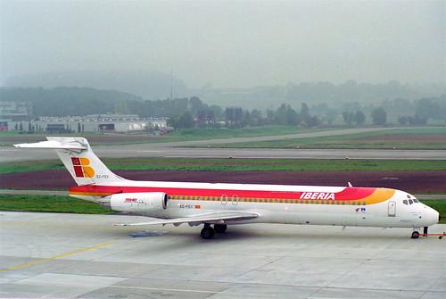 IBERIA MD-87; EC-FEY@ZRH;14.10.1994