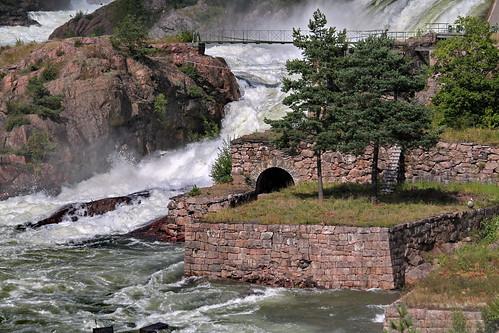 bridge water wasser sweden schweden älv waterfalls brücke trollhättan vännern vattenfall wasserfälle göta runlama