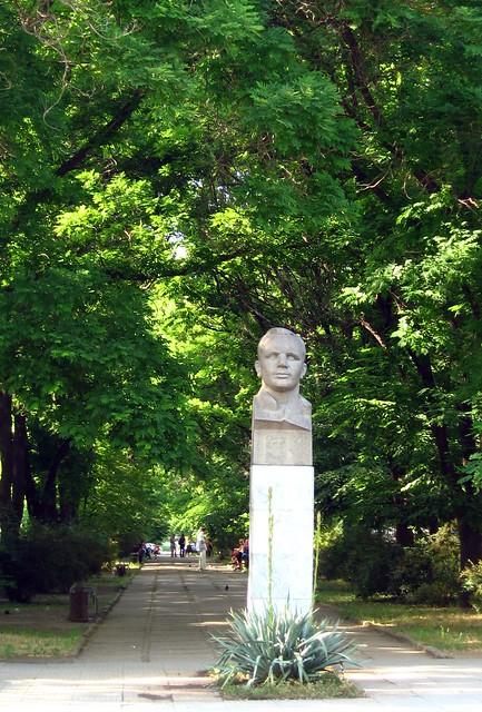 Yuri Gagarin statue, Tiraspol