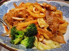 Pork fried Udon 黑豚肉烏冬