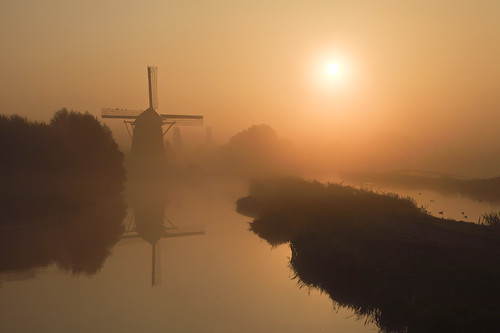 mist reflection mill fog sunrise molen zonsopgang reflectie 2470mm 5dii