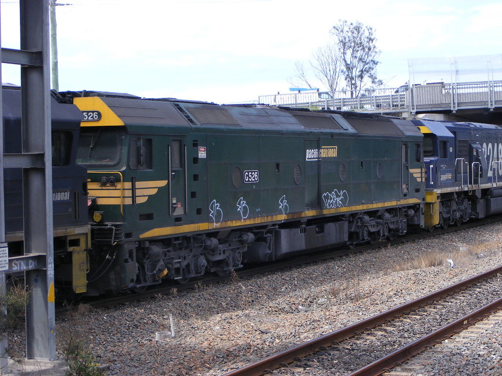 Pacific National G526 Sandgate 18.02.10 by Andy Cole