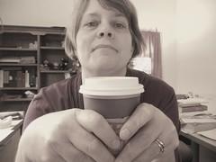 エストロゲンの補充には2杯のカフェオレ?