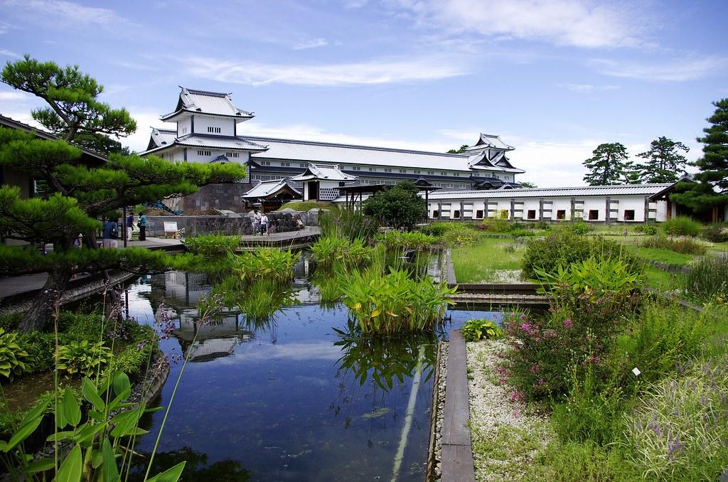 Kanazawa Castle park 金沢城