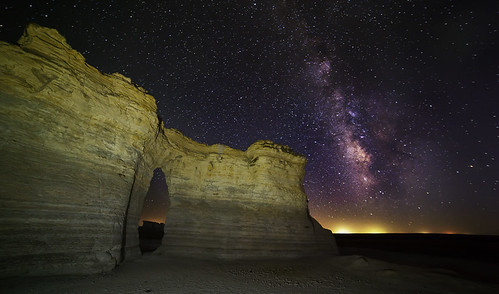 Milky Way @ Monument Rocks