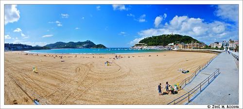 San Sebastián – Donostia. Playa de la Concha (en bajamar).