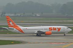 Sky Airlines Boeing 737-400; TC-SKE@ZRH;30.09.2011/619bz