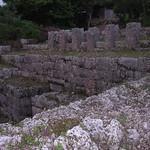 Nakasone Toyomiya's Tomb (仲宗根豊見親の墓) インカ帝国の遺跡にも似た雰囲気があります。