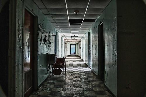 Bryce experimentation hallway