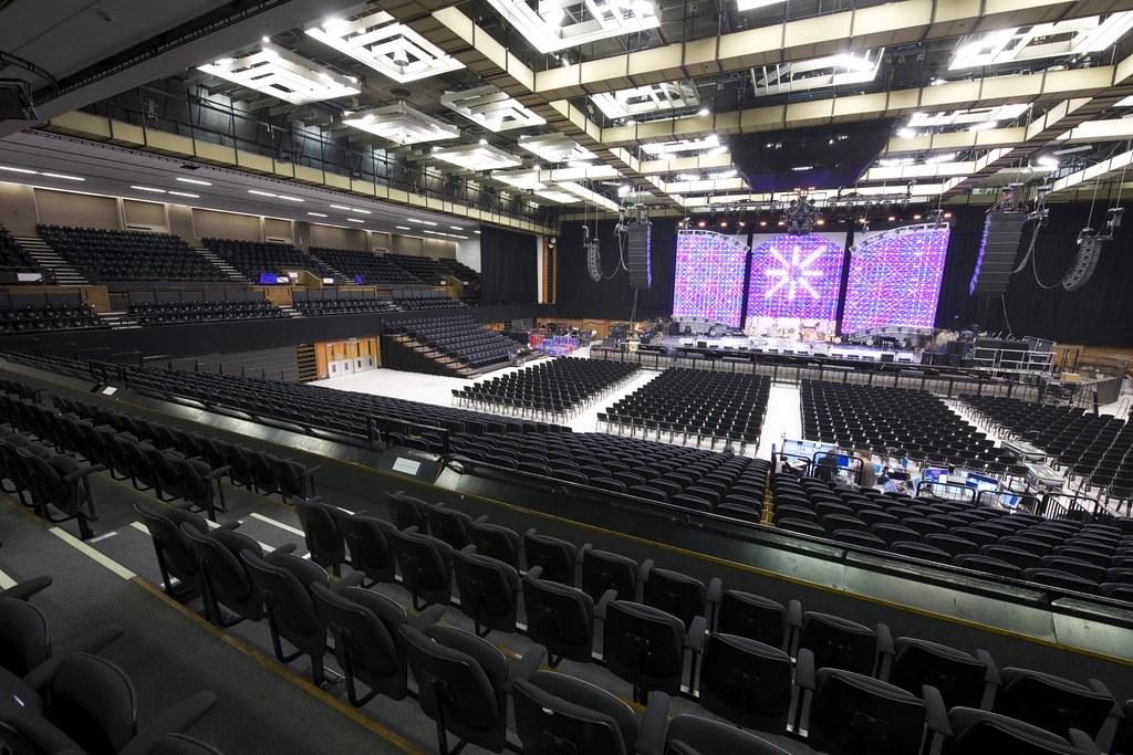 Auditorium Seating At The Brighton Centre 4000 Tip Up Sea