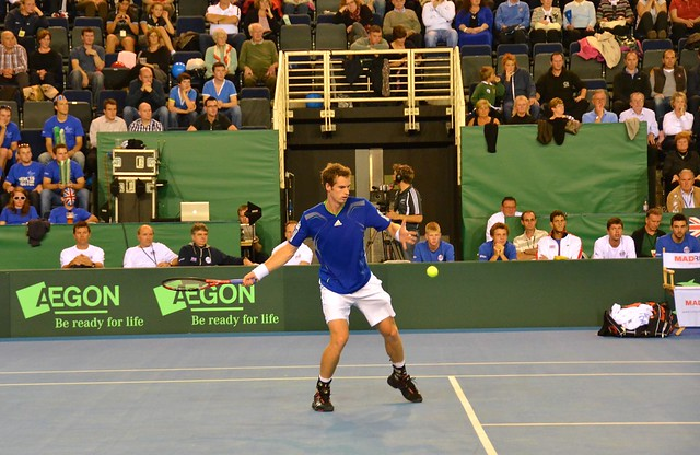 Andy Murray warming up v Hungary.