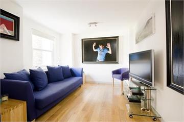 Astounding Living Room Of Keira Knightleys London Boulevard Flat I Machost Co Dining Chair Design Ideas Machostcouk