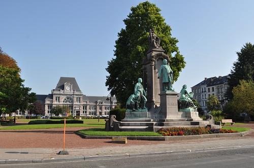 2011.09.25.029 - TOURNAI - Place Crombez - Gare de Tournai