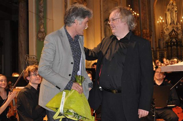 Oratorium Juanelo (Dirk Brossé). Uitgevoerd zaterdag 24 april 2010 in Delft en zondag 25 april 2010 in Gent, door de koren en orkesten van het Delftse Stanislascollege en het Sint-Barbaracollege.   Foto's: www.stanislascollege.nl/