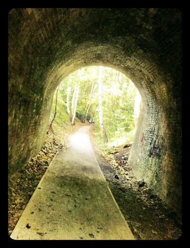 260/i365 Tunnel