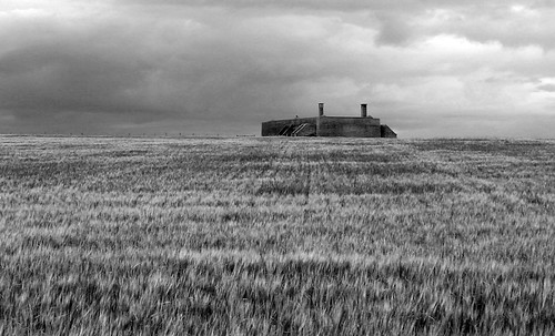 blackandwhite bw scarlett history abandoned home monochrome field rural landscape mono war farm wwii chain communication crop ww2 agriculture defence isleofman radar raf manx transmitter iom royalairforce chainhome homechainradar