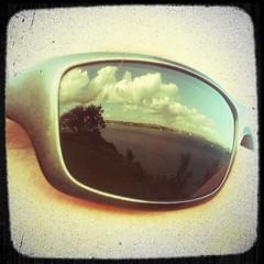 Eye see clouds