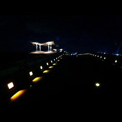 Marina Barrage bridge by night