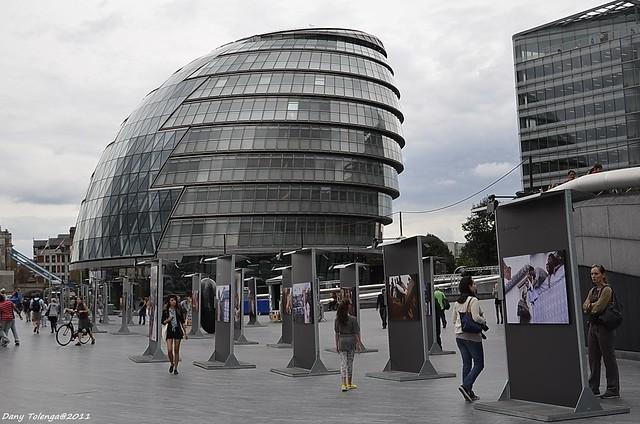 Londres une architecture futuriste h tel de ville de for Hotel de ville de londres architecture