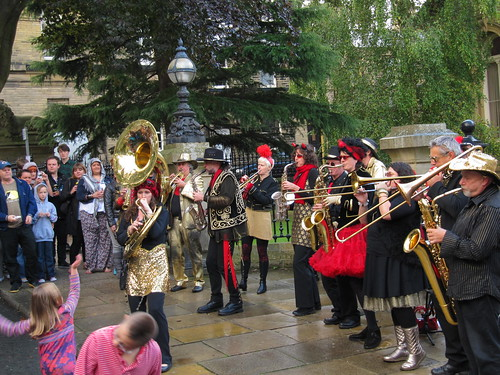 There is plenty of music throughout the whole Festival from formal ticketed affairs to street bands and performances