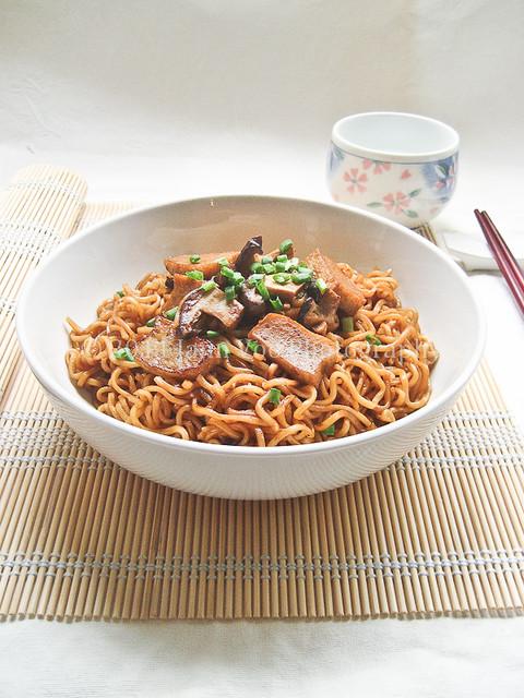 Stir Fried Ramen Noodles With Fish Cakes And Shitake Mushr