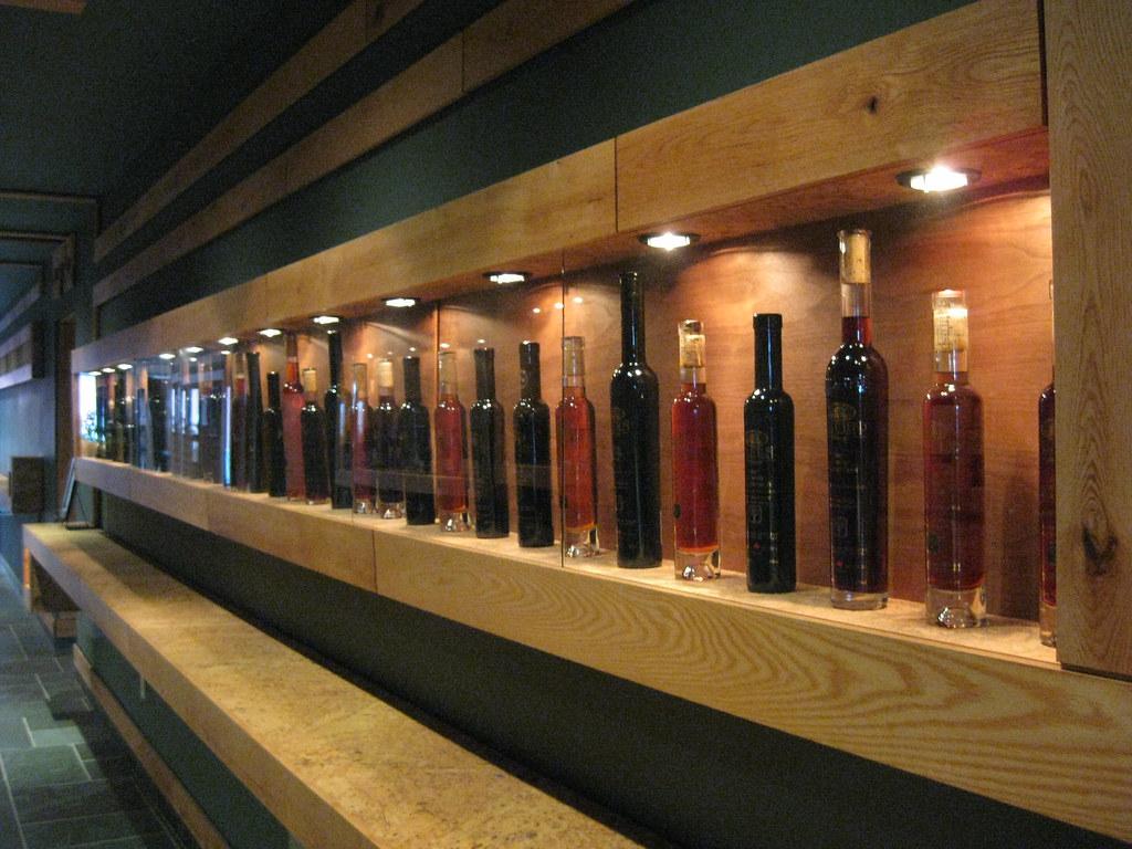 museum-like / pilliterri estates winery (niagara-on-the-lake, ON)