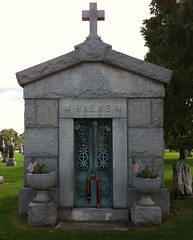 memorial, place of worship, grave, mausoleum,