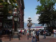 木, 2011-08-11 17:01 - Gastown の蒸気時計