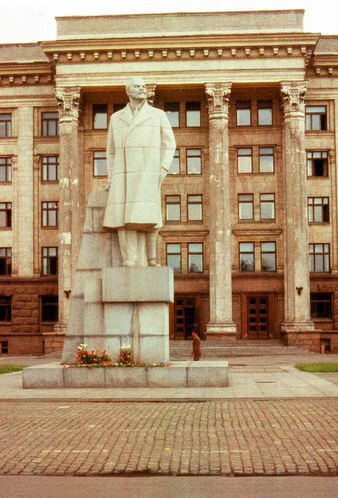 ODESSA-Lenin Statue, 5-26-1977