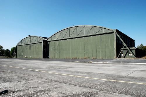 Les deux hangars nord 1929 vue générale