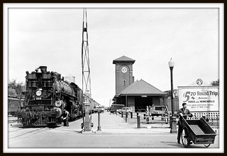 Great Northern Railway station, Fargo, North Dakota, 1939 Summer.